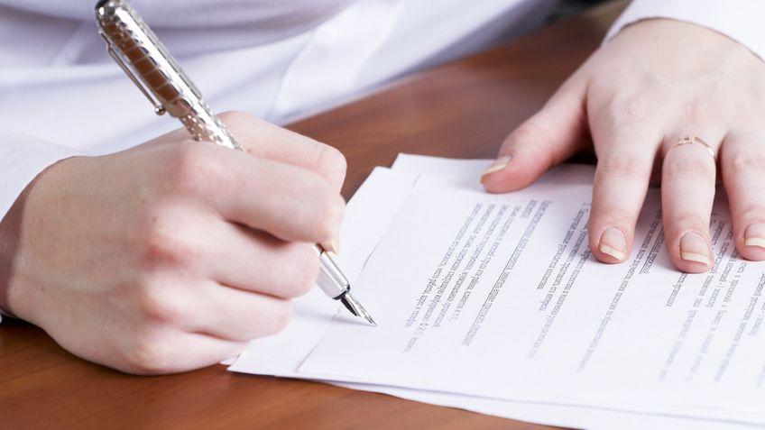 Teil 1 Arzt In Weiterbildung Der Arbeitsvertrag Als