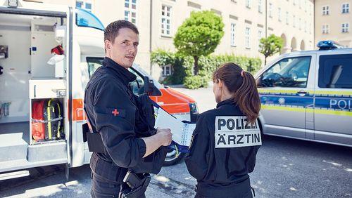 Polizeiarzt